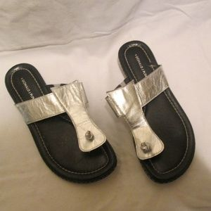Silver Leather Donald J Pliner Glide Sandals 7.5M